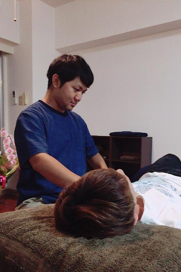 打撃で痛む、格闘家の痛めた手首も筋膜調整で解決できます!